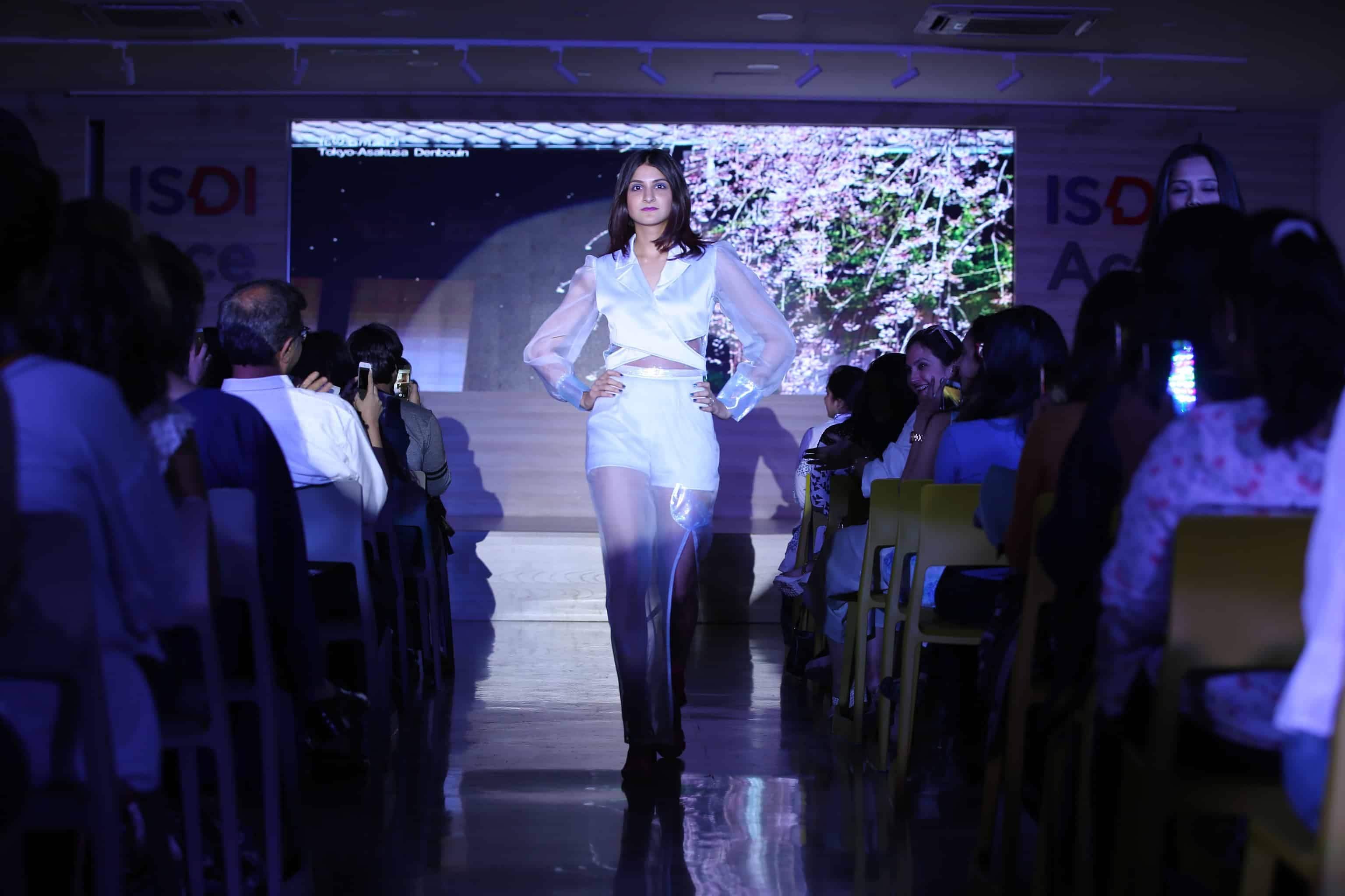 Top Fashion Designing Colleges in India 2018 - Ranks, Fees, Cut Courses for fashion designing in india
