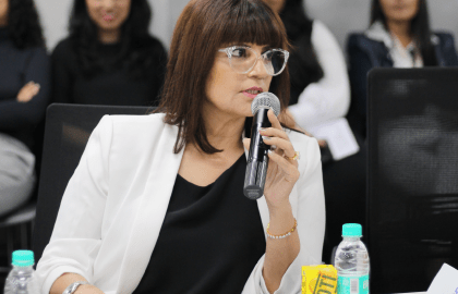 Neeta Lulla in talk with Fashion Design Students